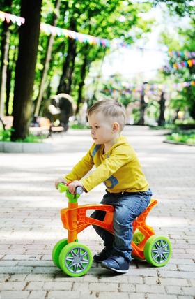 Pierwsze próby na rowerku