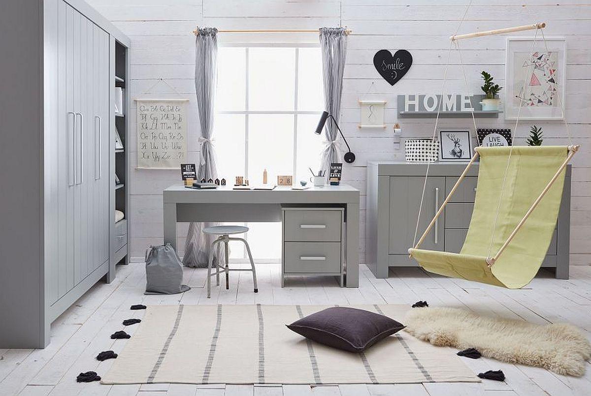 Jakie wybrać i gdzie ustawić biurko w pokoju dziecka? Kilka ciekawych inspiracji