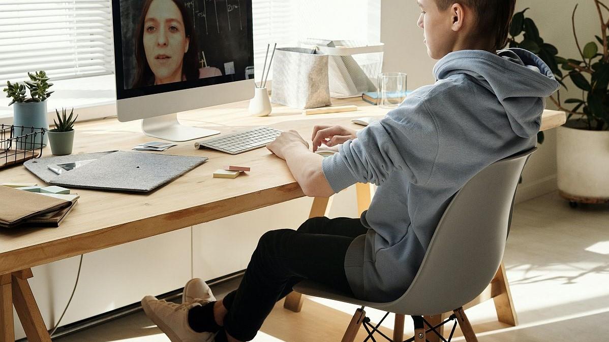 Jakie wybrać krzesło do biurka dla dziecka
